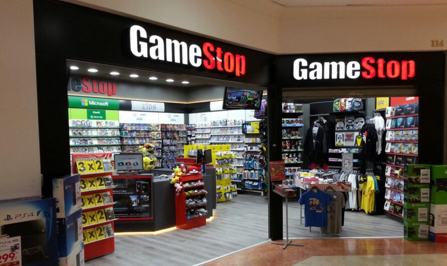 GameStop to Close over 300 Stores