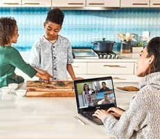 microsoft-teams-video-calls-grew-1,000-percent-in-march-fueled-by-covid-19