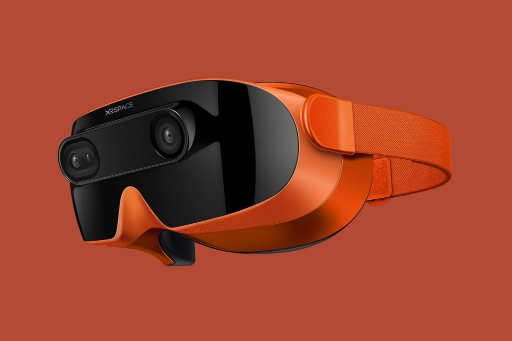 former-htc-ceo-returns-to-vr-hardware-with-xrspace-mova-headset