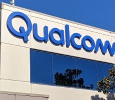 qualcomm-debuts-its-first-wi-fi-6e-network-solutions-promising-faster-speeds,-lower-latency