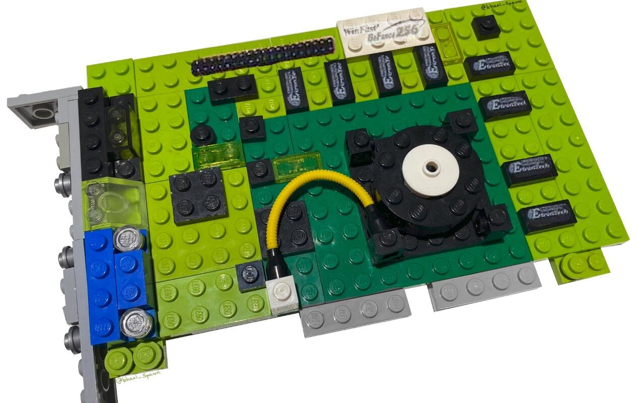 fan-makes-nvidia-geforce-256-out-of-lego's!