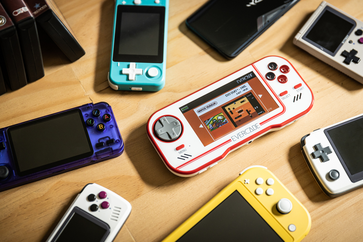 evercade-review:-a-charming-cartridge-based-handheld-for-retro-gaming-enthusiasts