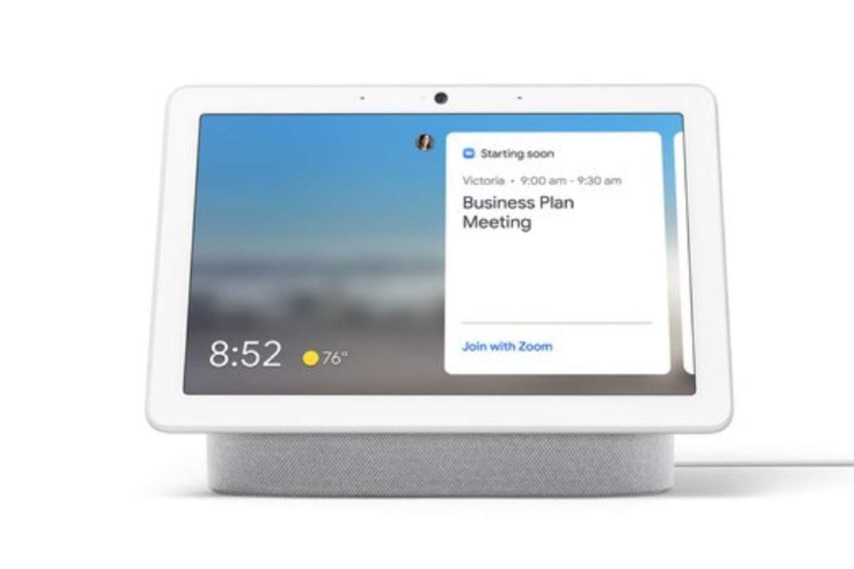 zoom-will-arrive-on-amazon,-facebook,-and-google-smart-displays-this-year