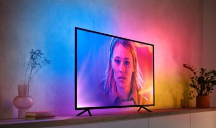the-philips-hue-play-hdmi-sync-box-just-got-its-own-gradient-led-lightstrip
