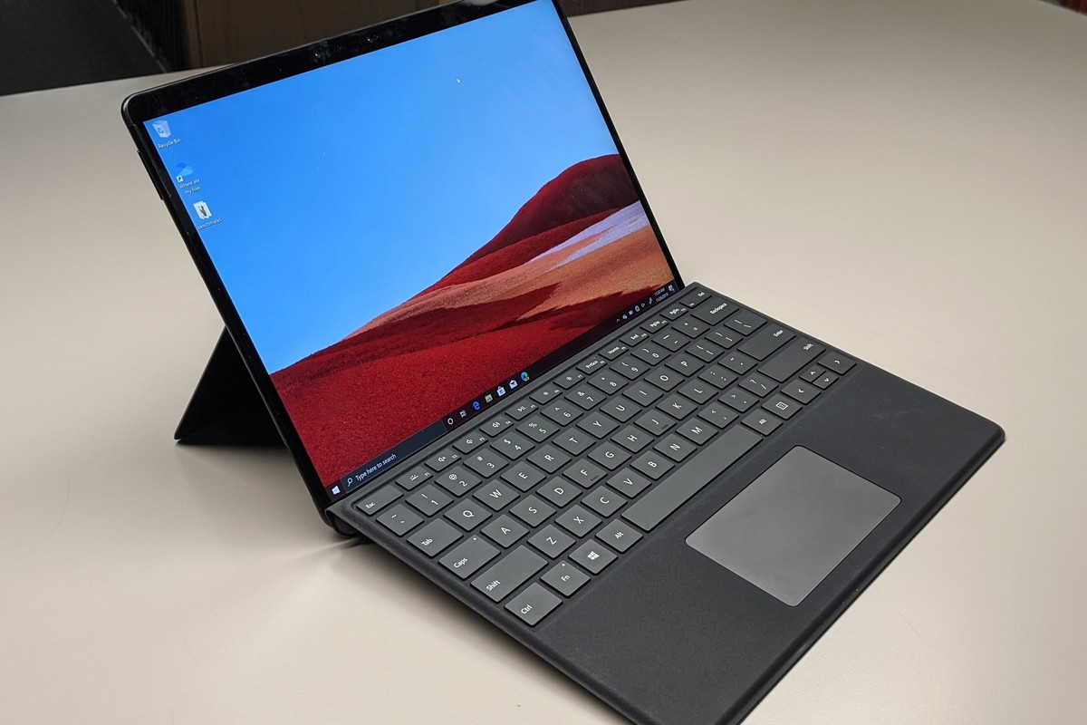 report:-microsoft-is-readying-a-new-surface-pro-x,-maybe-with-64-bit-support