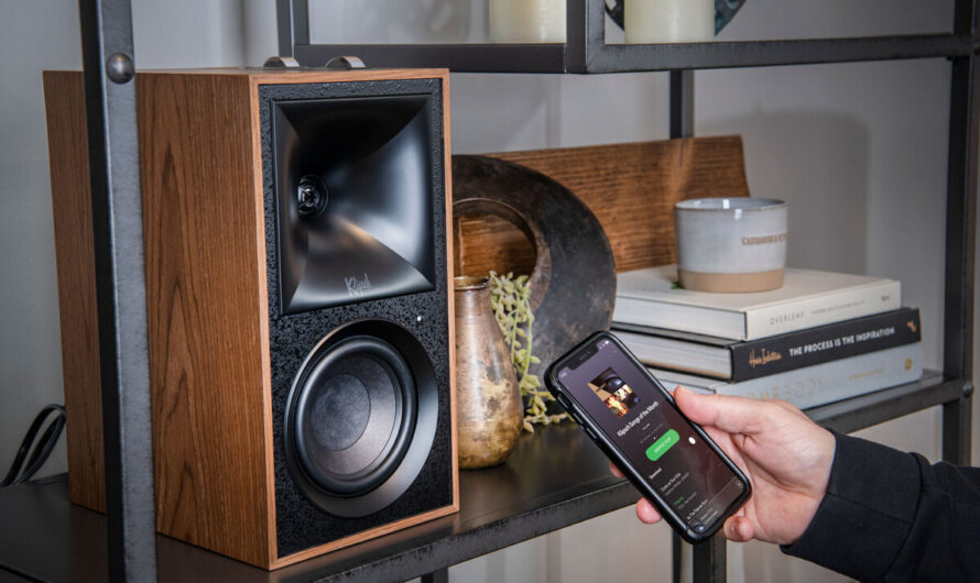 Klipsch The Fives review: These Bluetooth bookshelf speakers deliver smooth, refined sound