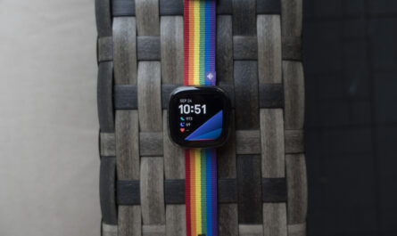 fitbit-sense-review:-ambitious-to-a-fault