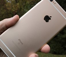 hurry-and-claim-an-apple-iphone-settlement-check-for-throttlegate-while-you-still-can