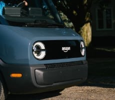 amazon-unveils-custom-rivian-electric-delivery-vans-that-will-soon-swarm-your-neighborhood