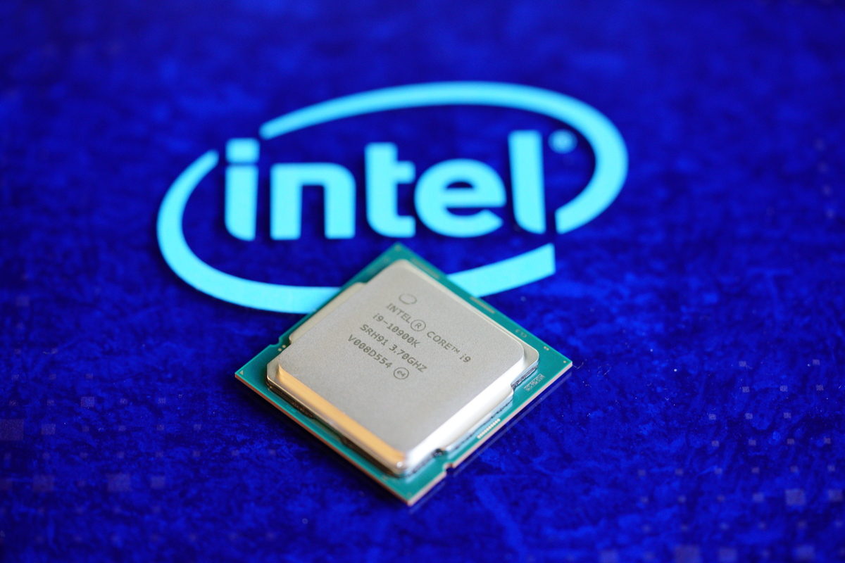 you-had-only-one-job,-intel,-and-now-amd's-ryzen-9-may-take-it-from-you
