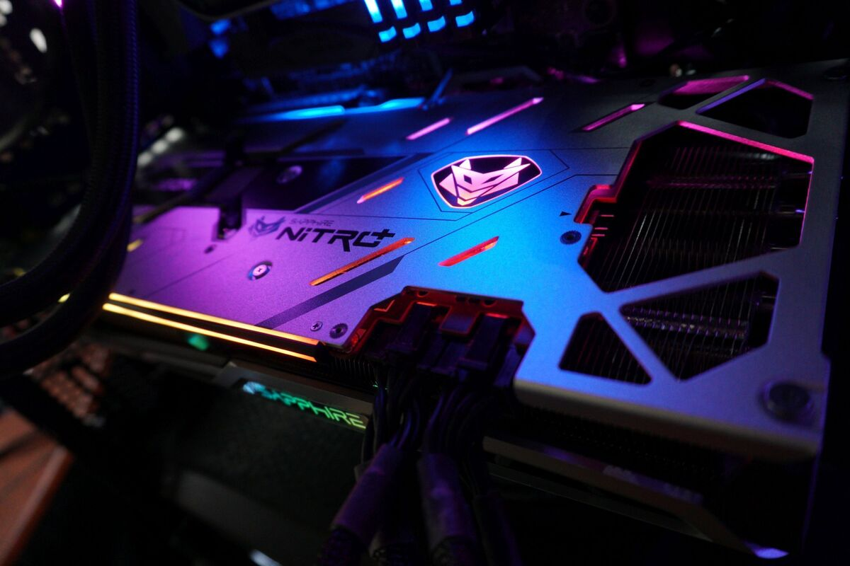 sapphire-nitro+-radeon-rx-6800-xt-review:-great-hardware-turbocharged-by-killer-software