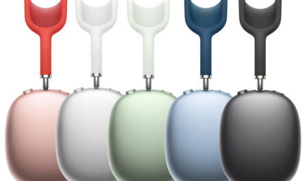 apple-launches-airpods-max-with-a-'custom-acoustic-design'-and-digital-crown-for-$549