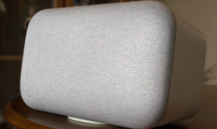 the-google-home-max,-our-favorite-smart-speaker-for-music,-gets-discontinued
