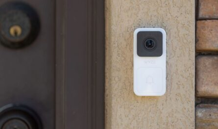 wyze-video-doorbell-review:-the-low-price-leader-impresses-with-great-image-quality