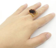 new-thermoelectric-smart-wearables-tap-your-body's-heat-as-a-continuous-battery