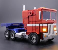 hasbro's-programmable-optimus-prime-auto-transforms-for-sweet-80s-kid-nostalgia