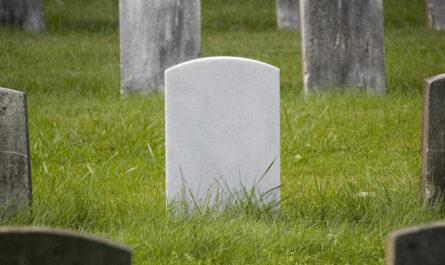 windows-10-shovels-dirt-on-flash's-grave