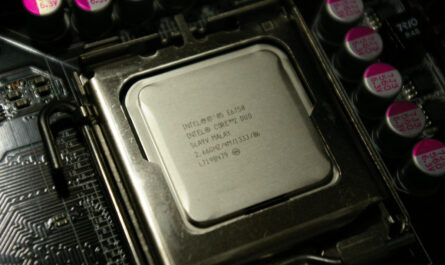 does-using-nvidia's-dlss-require-a-better-cpu?-|-ask-an-expert