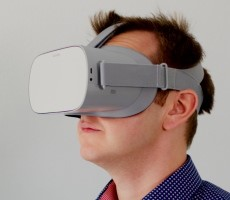 PlayStation 5's PSVR 2 Headset Rumored For Late 2022 Launch