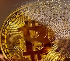 Chinese Cryptocurrency Crackdown Torpedoes Bitcoin Valuation, Triggers Death Cross