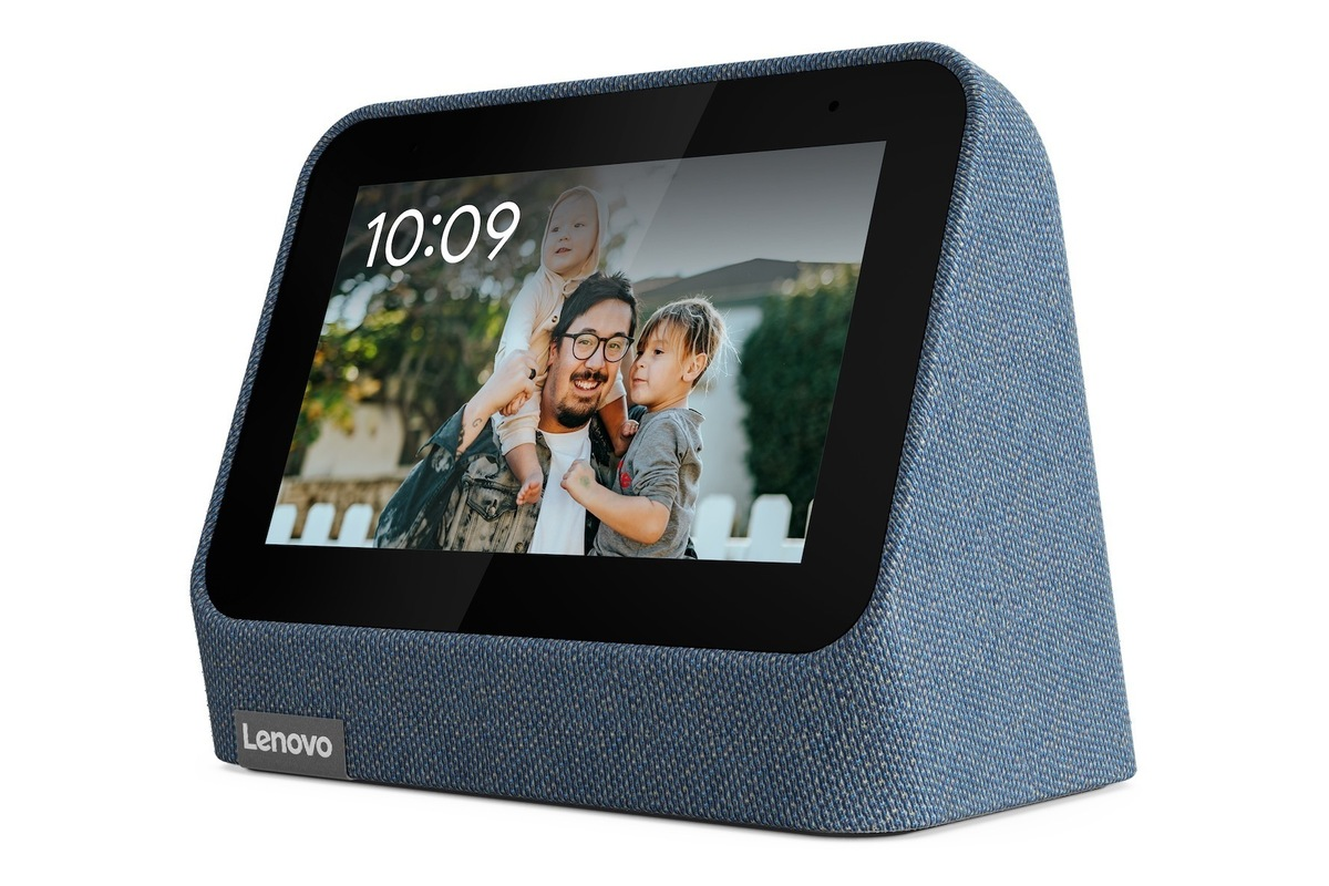 lenovo-unveils-its-smart-clock-2-with-a-wireless-charging-dock