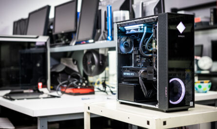 hp-makes-its-case-for-omen-pre-builts-and-omen-gaming-hub-software