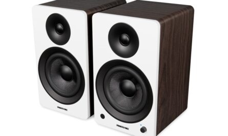 fluance-ai61-review:-versatile,-affordable,-high-performing-bluetooth-speakers