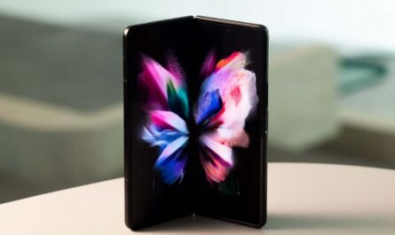 samsung-just-can't-quit-foldable-phones:-meet-the-galaxy-z-fold3-and-z-flip3