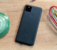 google-pixel-5a-5g-review:-a-well-executed-battery-life-king