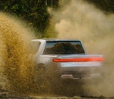 Rivian R1T Production Starts Next Month Kicking Off 750 Horsepower Electric Pickup Revolution