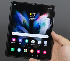 Samsung Galaxy Z Fold 3 And Z Flip 3 Sales Are Booming As Folding Phones Takeoff